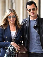Cooler Together: Jen & Justin's Coordinating Style | Jennifer Aniston, Justin Theroux