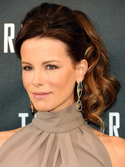 THE CHEERLEADER PONY photo | Kate Beckinsale