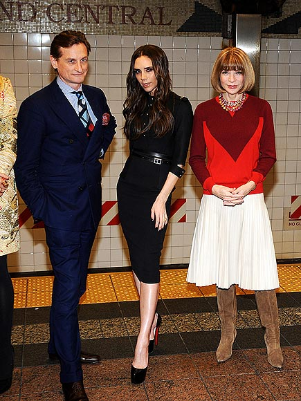 SUBWAY FASHION SHOOT photo | Anna Wintour, Victoria Beckham