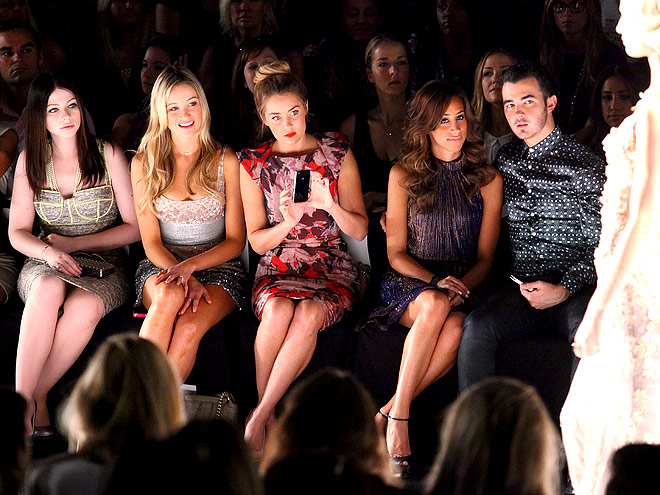 BADGLEY MISCHKA FRONT ROW photo | Katrina Bowden, Kevin Jonas, Lauren Conrad, Michelle Trachtenberg