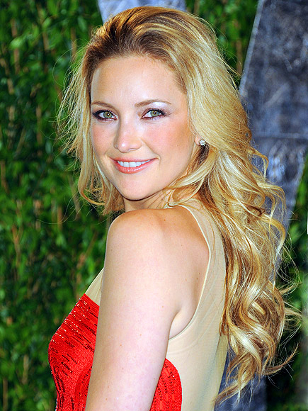 BE HANDS ON photo | Kate Hudson