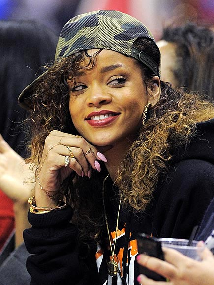 SIDEWAYS BASEBALL HAT photo | Rihanna