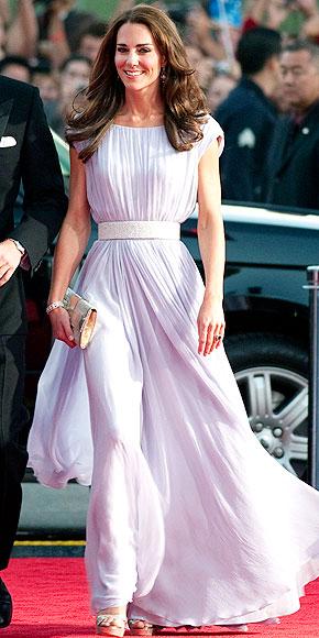 MORE MCQUEEN, PLEASE!  photo | Kate Middleton