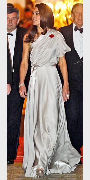GRAY GODDESS  photo | Angelina Jolie, Kate Middleton