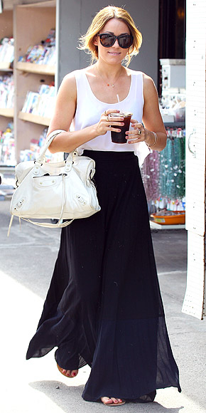 GO FOR MAXI-MUM EFFECT photo | Lauren Conrad