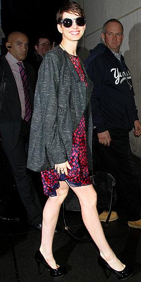 SO SHADY photo | Anne Hathaway