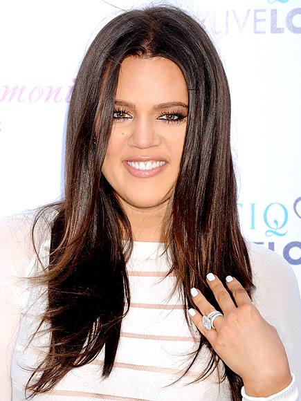 WHITE MANIS photo | Khloe Kardashian