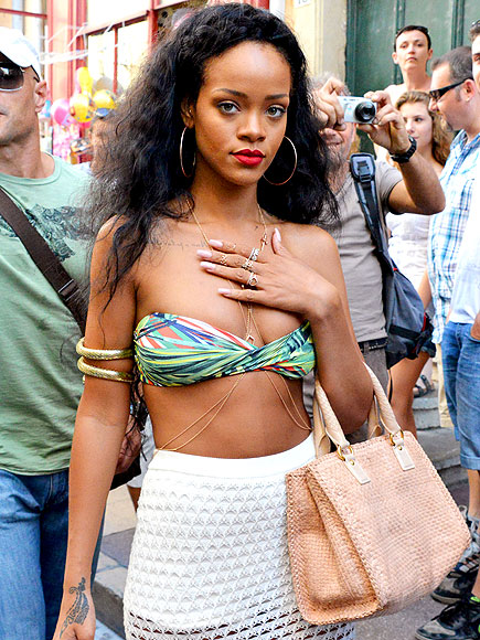 BODY CHAINS photo | Rihanna