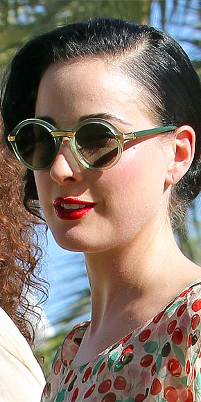 ROUND FRAMES photo | Dita Von Teese
