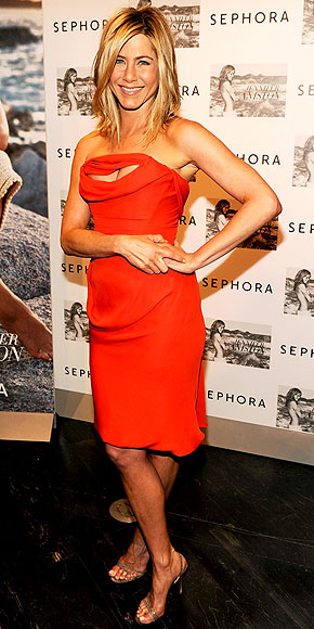 LITTLE RED DRESSES photo | Jennifer Aniston