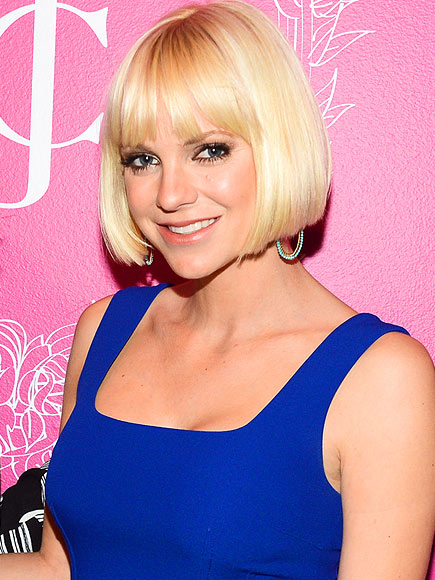 BOB WITH BANGS photo | Anna Faris