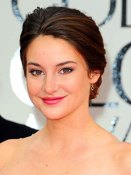 SHAILENE'S LUSH LASHES photo | Shailene Woodley