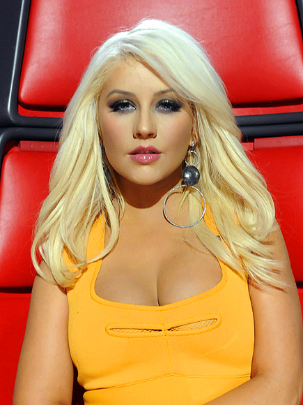 PIECE OUT photo | Christina Aguilera