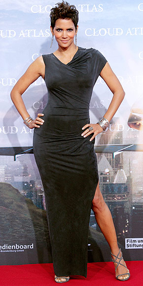HALLE BERRY photo | Halle Berry