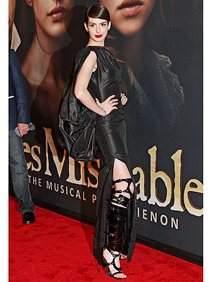 Anne Hathaway Les Mis Dress
