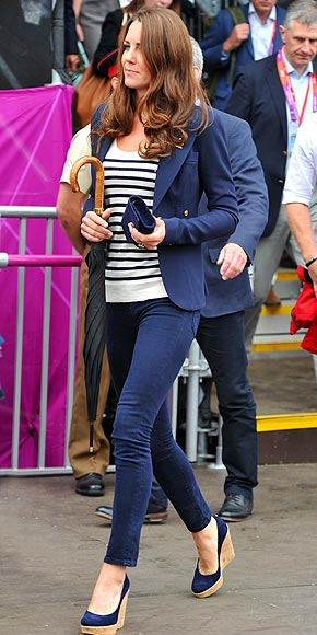 CORK WEDGES photo | Kate Middleton