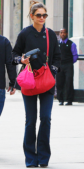 KATIE HOLMES&#39;S BAG photo | Katie Holmes, Suri Cruise, Tom Cruise