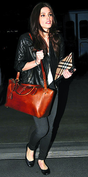 ASHLEY GREENE'S BAG photo | Ashley Greene