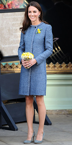 KATE MIDDLETON'S PUMPS photo | Kate Middleton
