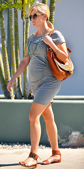 REESE WITHERSPOON'S HOBO photo | Reese Witherspoon