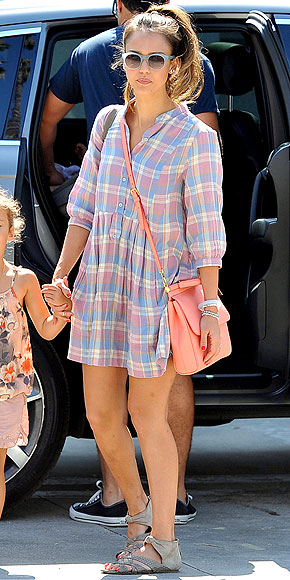 JESSICA ALBA'S PLAID DRESS photo | Jessica Alba