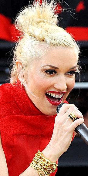 GWEN STEFANI'S RINGS photo | Gwen Stefani