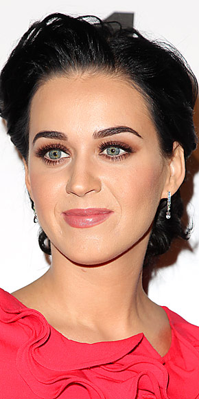 KATY PERRY&#39;S EARRINGS photo | Katy Perry