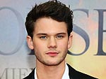 Introducing War Horse Star Jeremy Irvine
