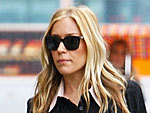 Mom-to-Be Kristin Cavallari Hits Rainy L.A. Streets | Kristin Cavallari