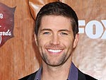Josh Turner Reveals Why He Passed Love Notes to Hoda Kotb