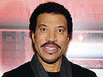 Lionel Richie Shows Off the Piano Where He Wrote His Hits