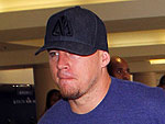 Channing Tatum Leads Wife Jenna Through LAX | Channing Tatum