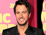 2012 CMT Music Awards: Luke Bryan Says His Fame Makes Him 'Pinch Myself'