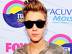 Stars Rock the Pink Carpet at the 2012 Teen Choice Awards