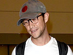 Joseph Gordon-Levitt Strips Down at LAX