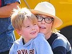 Julie Bowen Takes a Family Trip to the Farmers' Market | Julie Bowen