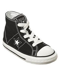 Lou Samuel's Sneaker Chic