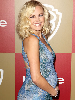 Golden Gloves: Malin Akerman In Blue Lace
