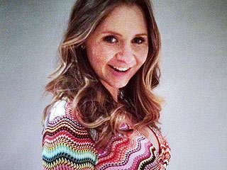 Beverley Mitchell Blogs: My Husband Talks to My Baby Through My Belly Button