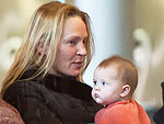 PHOTO: Uma Thurman&#39;s Beau Puckers Up to Baby | Uma Thurman