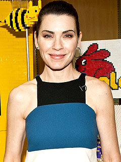 Julianna Margulies LEGO/Duplo Read Build Play