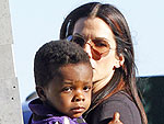 Sandra Bullock and Louis Cheer on Blind Side Inspiration at Super Bowl | Sandra Bullock
