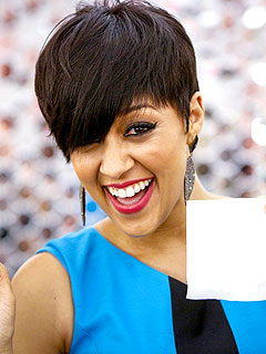Tia Mowry-Hardrict Puffs Dress for Success