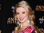 See Holly Madison's Best Maternity Looks