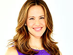 Jennifer Garner: I Bribe My Kids to Put On Sunscreen