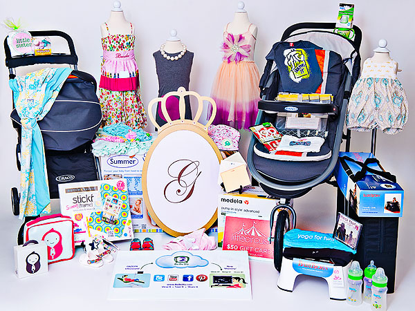 Celebrity Baby gifts from Damhorst Toys - YouTube