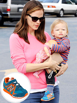 Jennifer Garner Samuel Affleck New Balance 542 Infant Sneakers