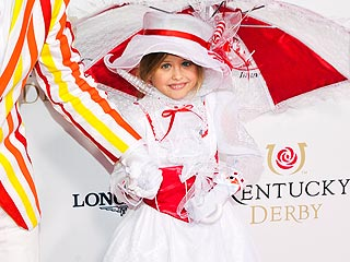 Anna Nicole Smith's Daughter Dannielynn Channels Mary Poppins at Kentucky Derby