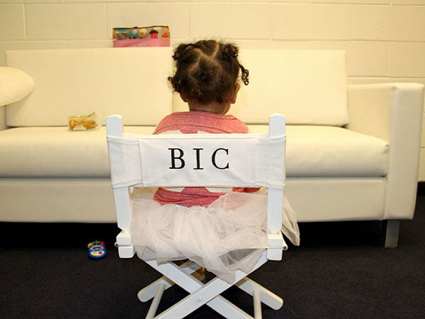 See Blue Ivy On Her Mini Throne – Plus Dad Jay-Z's New Lullaby Album – Moms & Babies – Moms & Babies - People.com