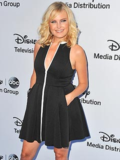 Malin Akerman Entertainment Tonight Canada